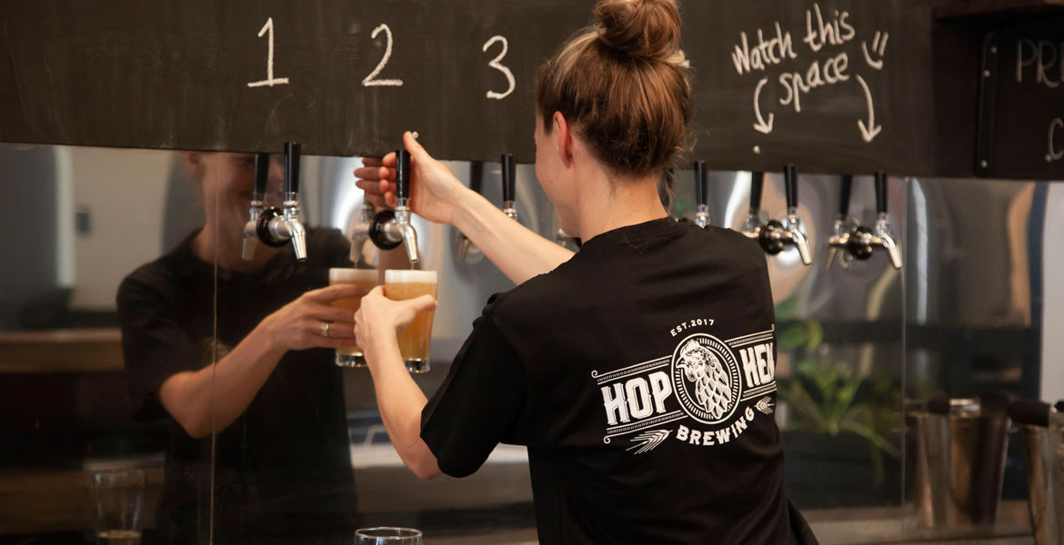 Who Brews Hop Hen Beers?